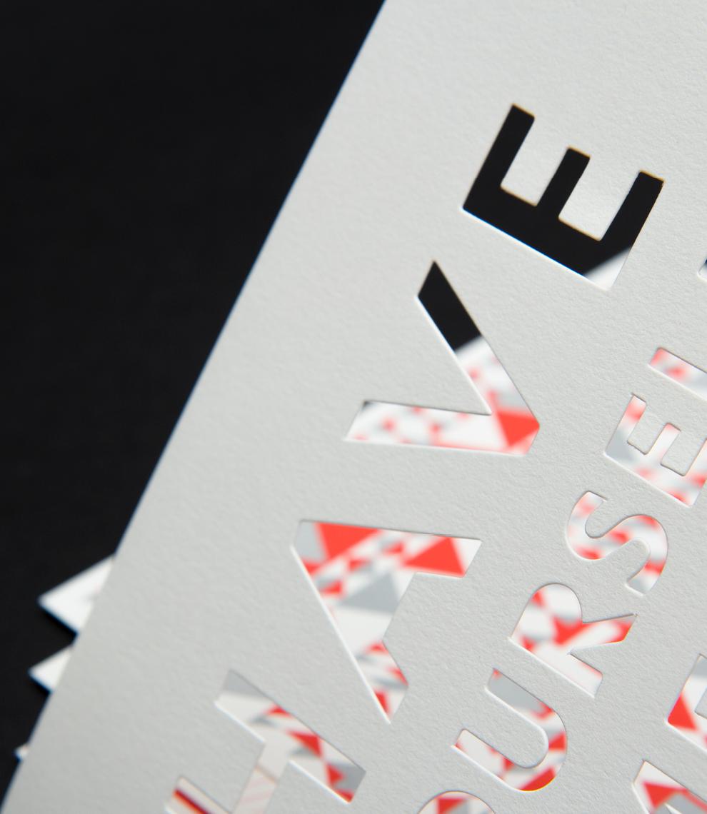 Weihnachtskarte für Street One von den sons of ipanema, einem Büro für Kommunikation in Köln. Karte aus Pappe mit ausgestanzter Typografie.