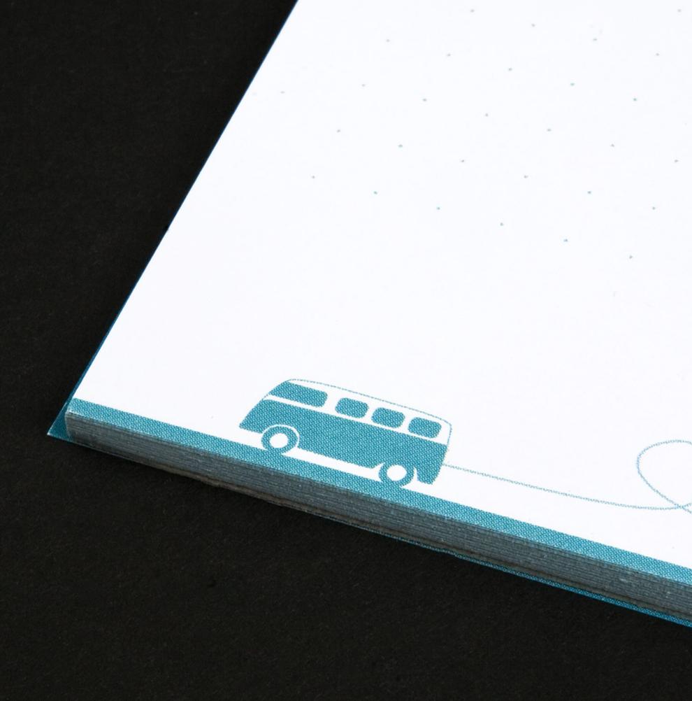 Notizblock für Frau Immer & Herr Ewig, Hochzeitsplanung im Rheinland, mit der Gestaltung von den sons of ipanema einem Kommunikationsdesignbüro aus Köln.