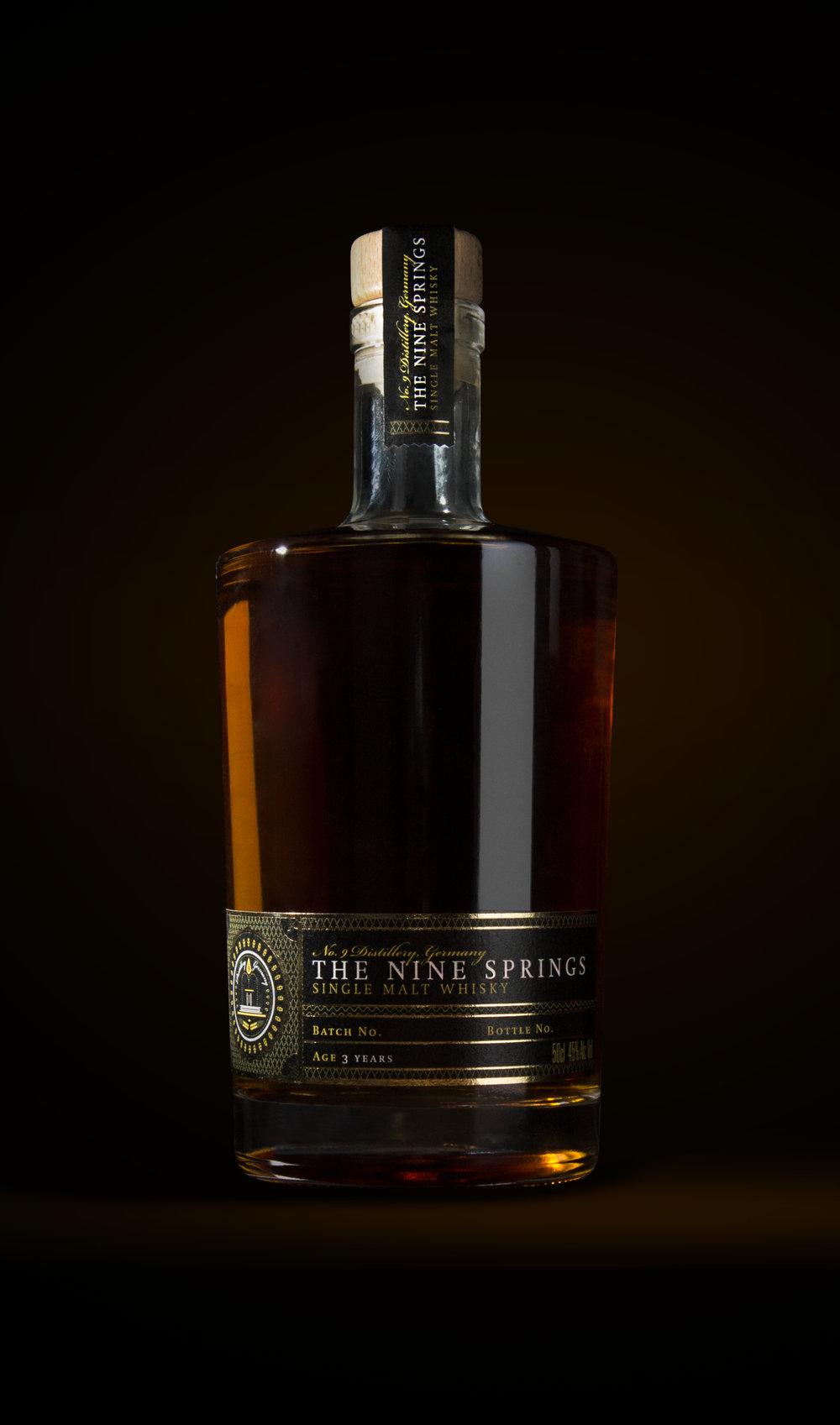Design eines Verpackungsdesigns für einen hochwertigen Single Malt Whisky aus dem Hause No. 9 The Nine Spring aus Leinefelde-Worbis