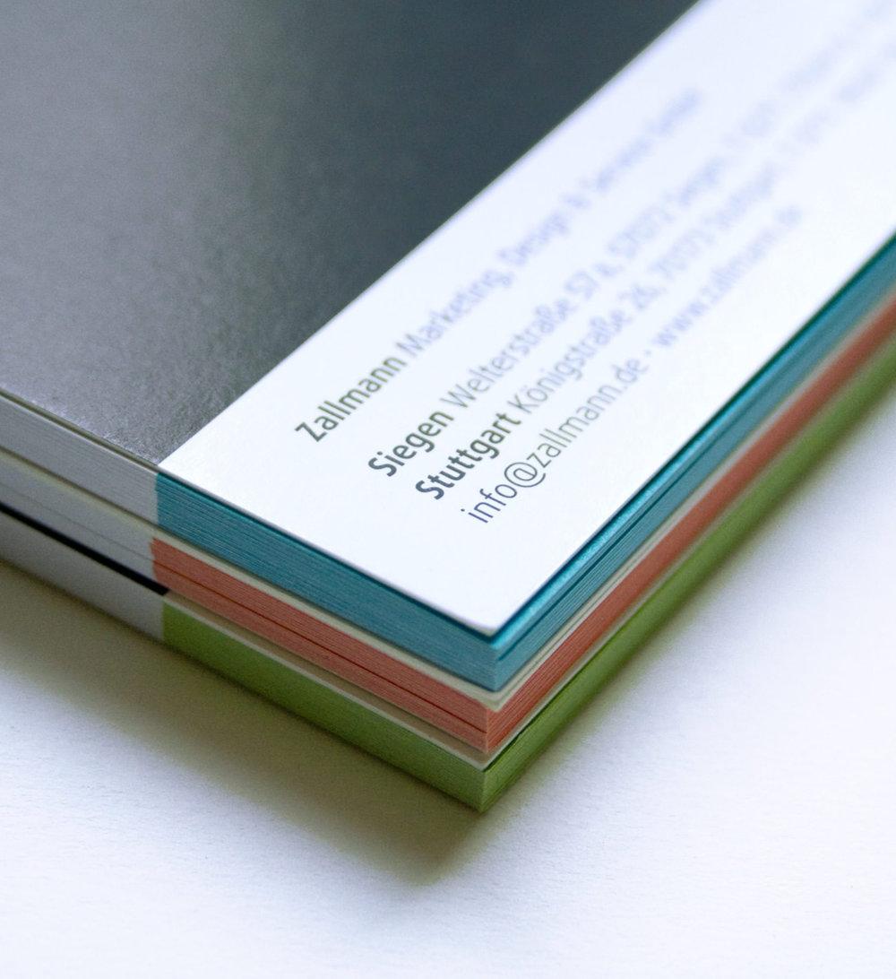 Zallmann Schreibblöcke in den Corporate-Farben.