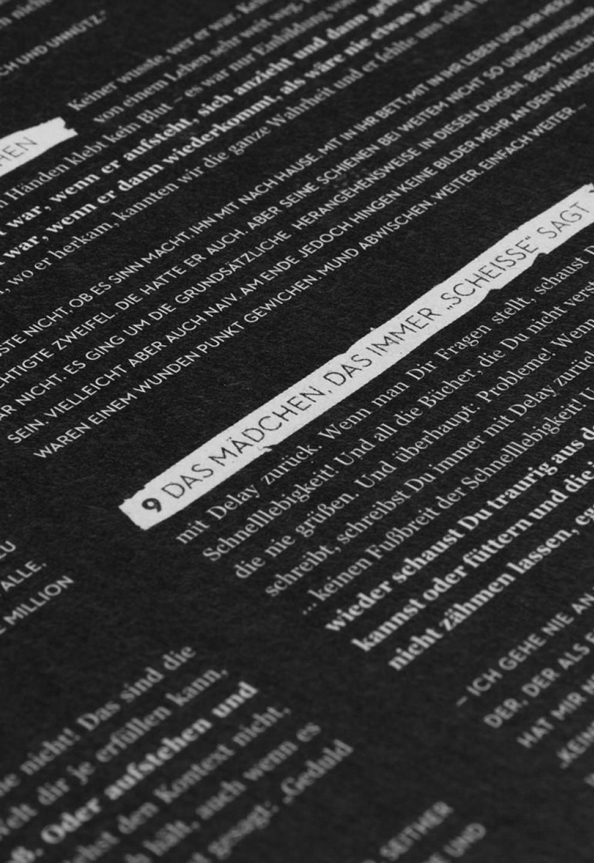 """Booklet des Langspielers Irgendwie von Love A. Gestaltung von den sons of ipanema, Grafikagentur in Köln.""""Das Mädchen, das immer """"Scheiße"""" sagt."""""""