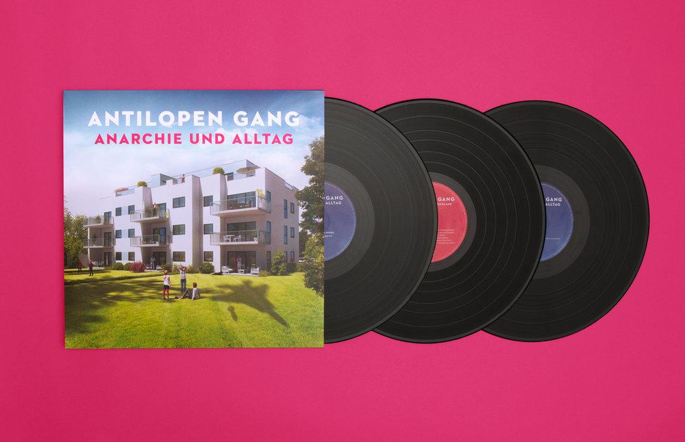 3-Fach Vinyl Anarchie und Alltag von der Antilopen Gang Artwork von den sons of ipanema Grafikagentur aus Köln