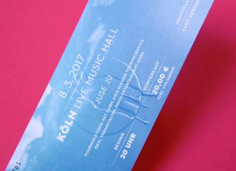 Ticket für das Konzert von der Antilopen Gang mit Blindprägung, gestaltet von den sons of ipanema einer Grafik Agentur in Köln.