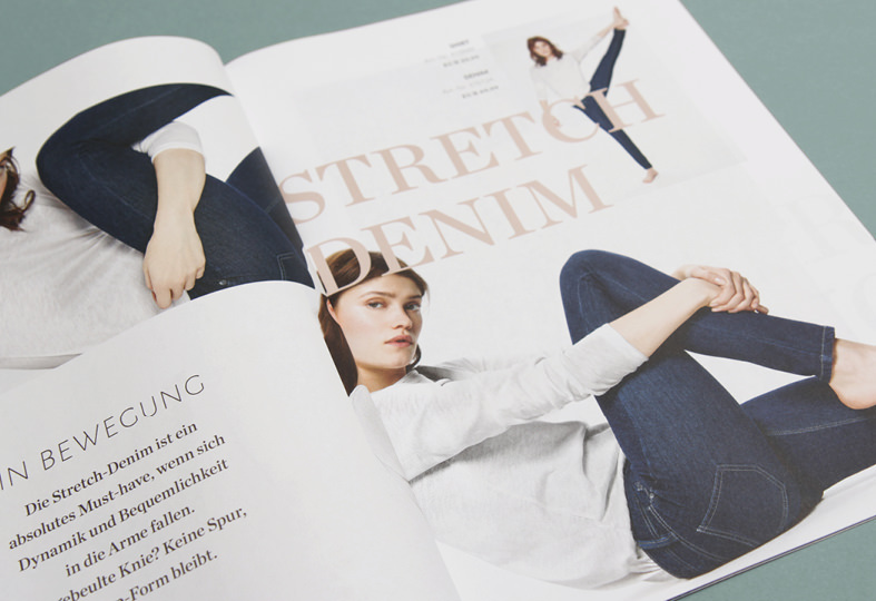 Doppelseite im Street One Magazin, Thema Stretch Denim