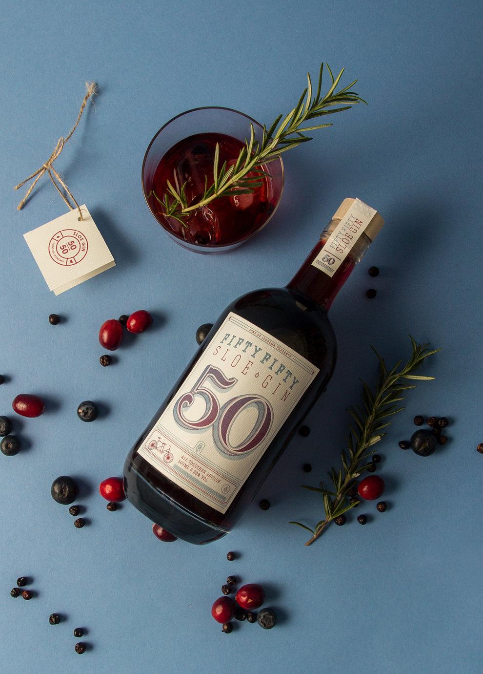 Fifty Fifty Sloe Gin aus dem Hause sons of ipanema, einem Designstudio aus Köln