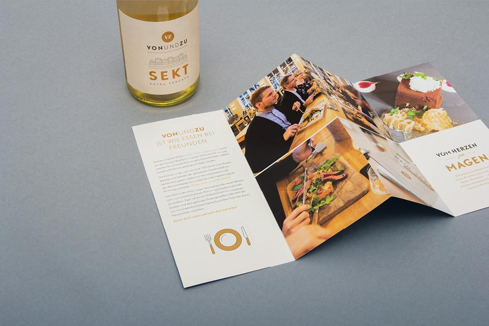 Flyergestaltung für vonundzu von den sons of ipanema, einem Designbüro aus Köln