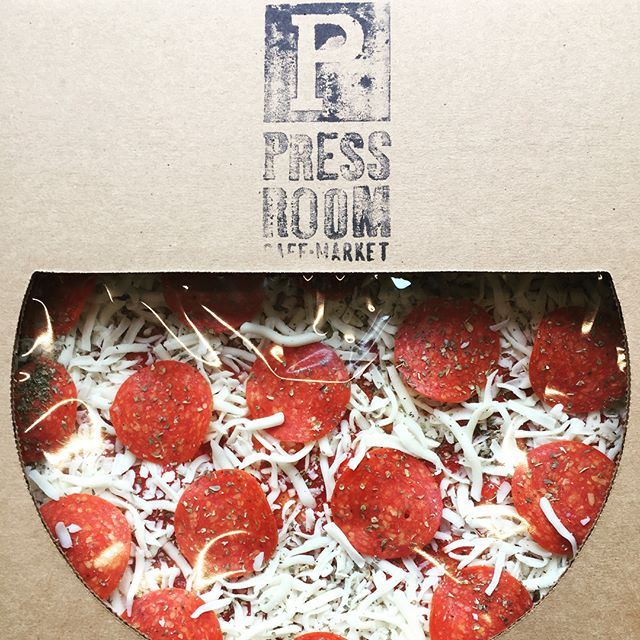 Enjoy a Press Room favorite from the comforts of your home! Introducing our #takeandbake #pizza! All #fresh #madeinhouse created so you can get your pizza fix at any time! Stop on in today to pick one up! 🍕=♥️ #eurestculinary #eurestdetroit #eurestohiovalley #pizzaislife #pizzaisbae #pepperonipizza #pepperoni #mozzarella #yummmm #yummyyummyinmytummy #nomnomnom