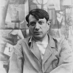 Pablo_Picasso,_summer_1912-2.jpg