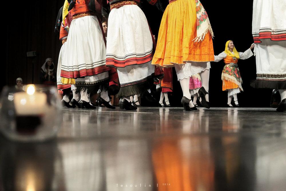 greek dances - tesoulin -4.jpg