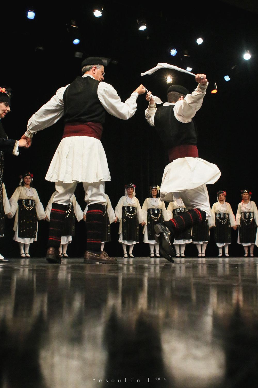 greek dances - tesoulin -5.jpg
