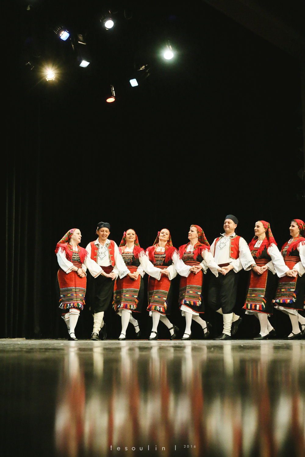greek dances - tesoulin -7.jpg