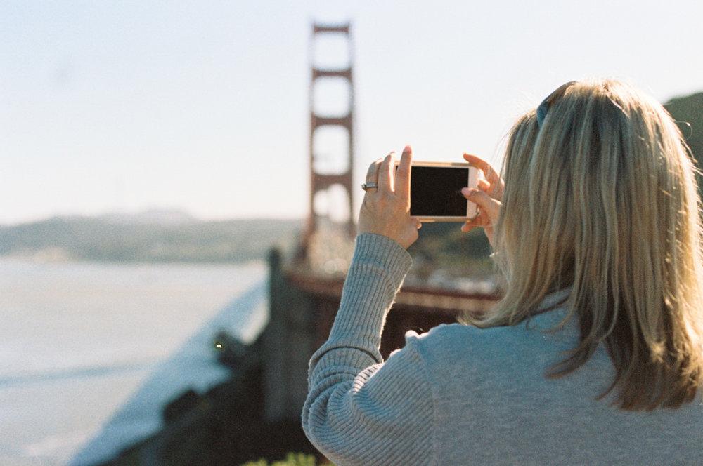 Alicia-Sturdy-Golden-Gate-Bridge-Biz_besties-4.jpg