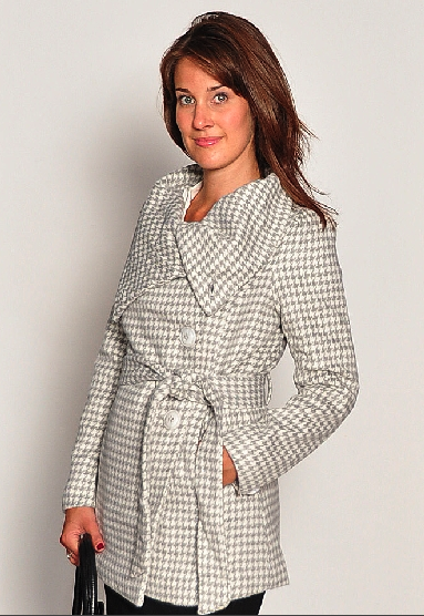 Houndstooth Coat from Periwinkle in Alexandria