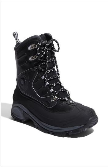 Heated winter black boot