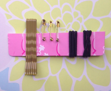 DIY Mini Fashion Emergency Kit