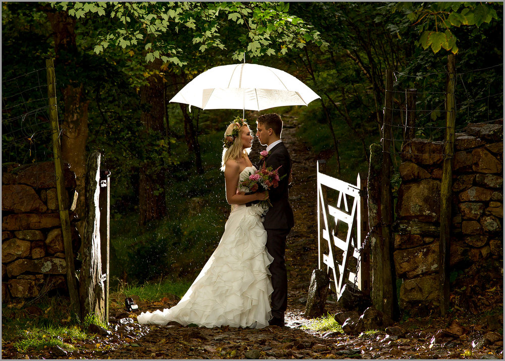 Wedding Photography North East, Durham, Newcastle - Stephen Matthews Photography - Bride & Groom Rain