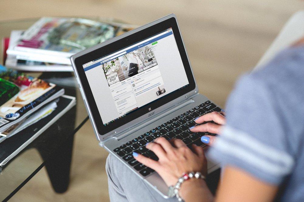 hands-woman-laptop-notebook (2).jpg