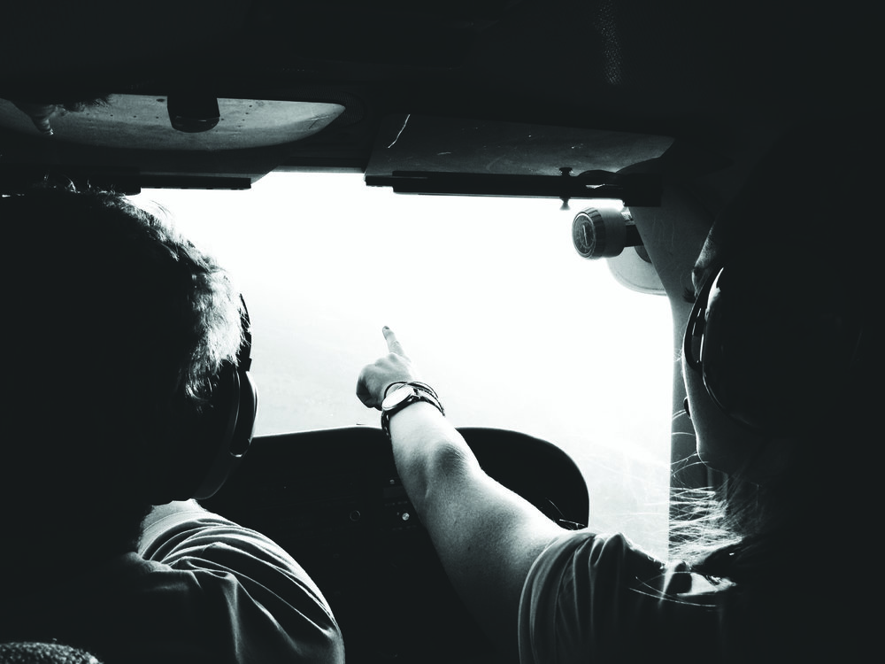 cockpit-flight-helicopter-101522bw.jpg