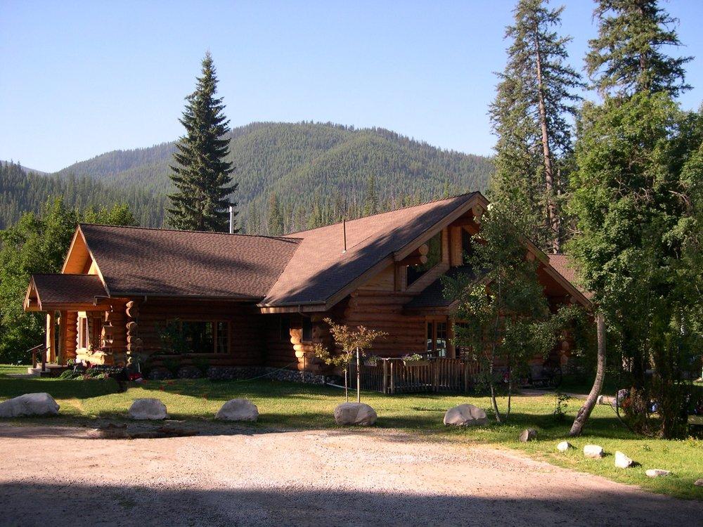 lochsa Lodge.jpg