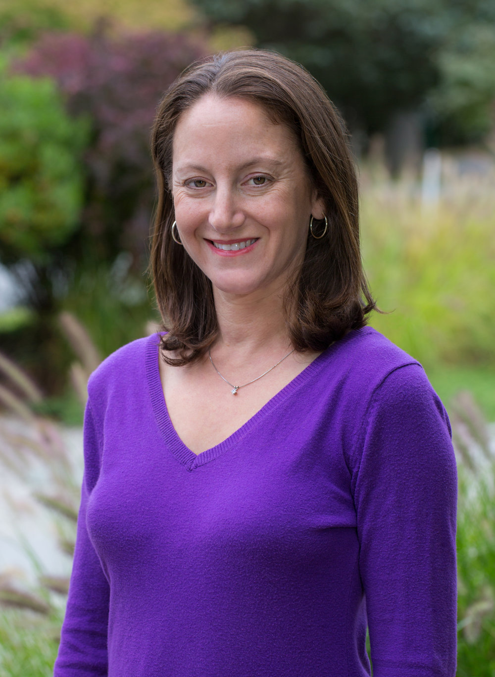Tracy Durso - Tracy Durso is a graduate of the Dance Masters of America (DMA) Teacher Training School and holds a B.S. in Marketing from Miami University. She taught creative movement, ballet, and jazz to children at a performing arts school for 15 years and completed Music Together training as well. A former contributing writer for Dance Studio Life Magazine, she is a Hingham mom of 3 children who inspire her every day. Tracy created and began teaching Dance Along in 2013 to bring her love of dance to active boys and girls as young as 16 months.
