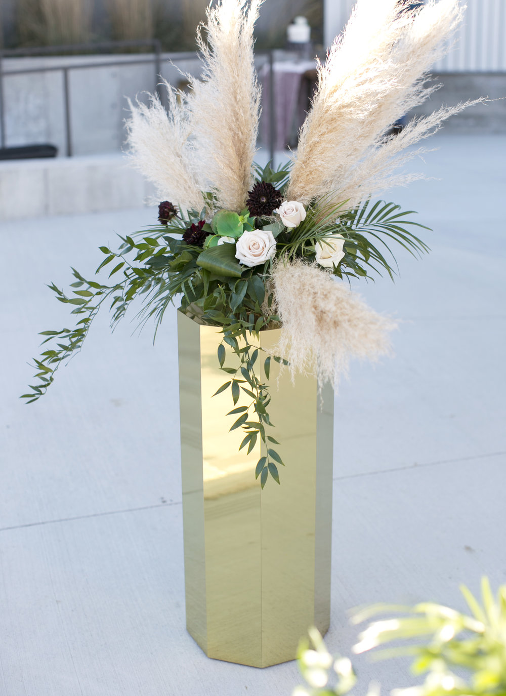 Altar decor with pampas grass