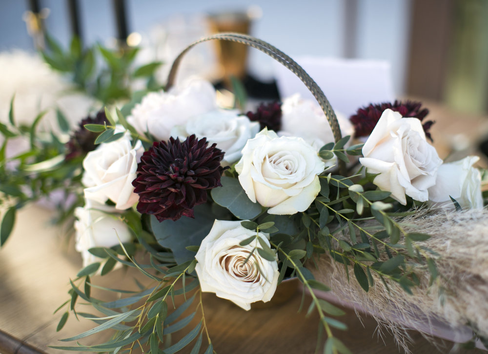 Black and blush floral centerpiece