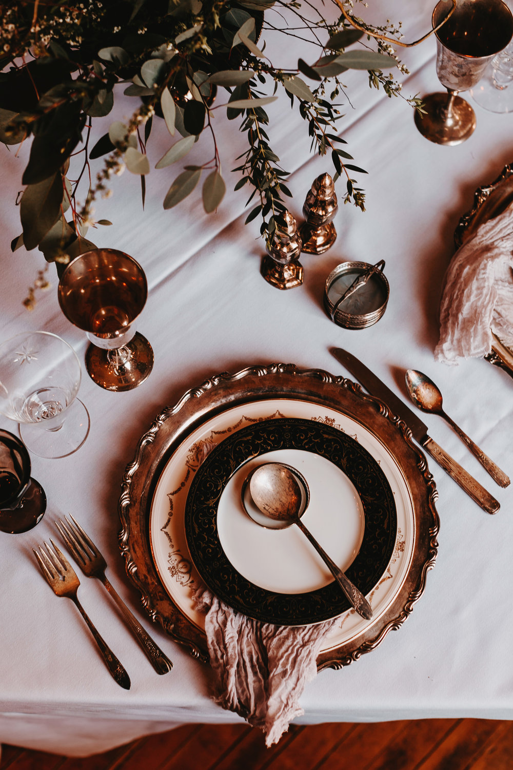 moody tablescape haunted vintage elopement