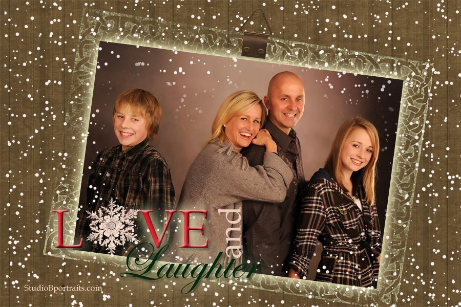 Wood holiday family portraits at Studio P in issaquah