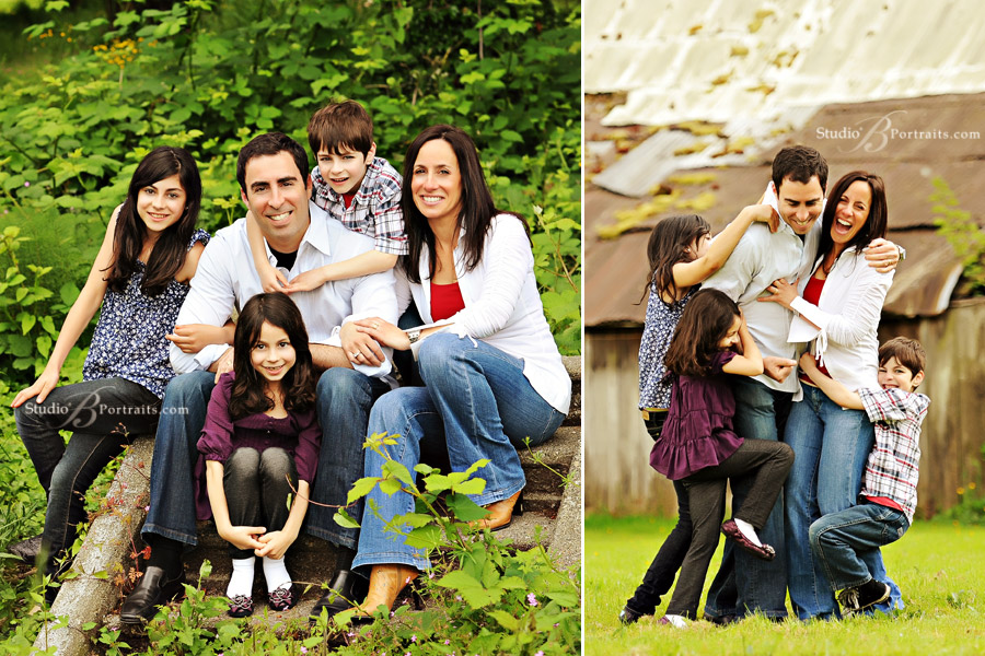 Lifestyle-family-portrait-of-family-having-fun-in-a-field