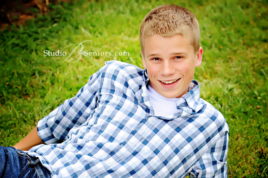 Best-Senior-Pictures-of-boys-in-Seattle-feature-U-Prep-Peter
