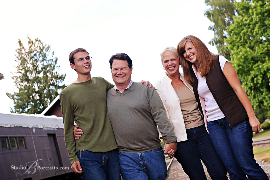 Professional-family-portraits-at-Studio-B-in-Issaquah-near-Bellevue-Washington