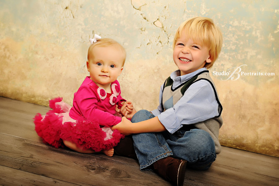 Issaquah-family-portraits-at-Studio-B-Portraits-with-2-cute-kids-in-the-studio