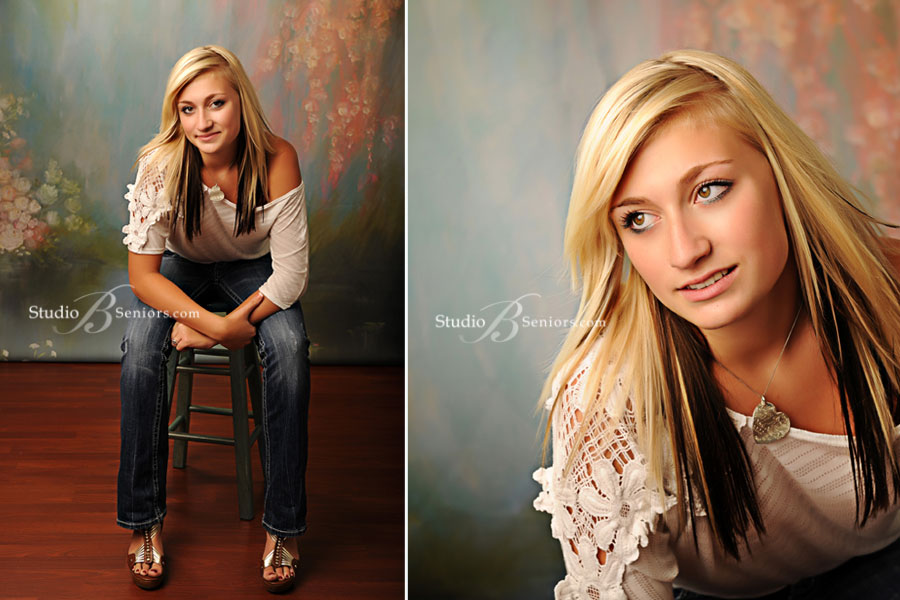Mount-Si-High-School-Senior-Pictures-at-Studio-B-featuring-Samantha