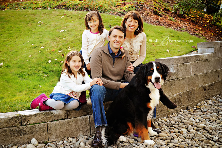 Best-family-portrait-in-Issaquah-with-the-Denny-Family-at-Studio-B