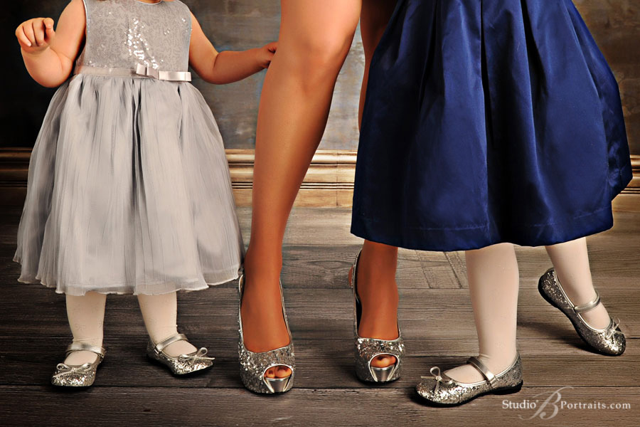 Fancy-Silver-Shoes-for-Mom-and-daughters-for-the-holiday-family-portrait-