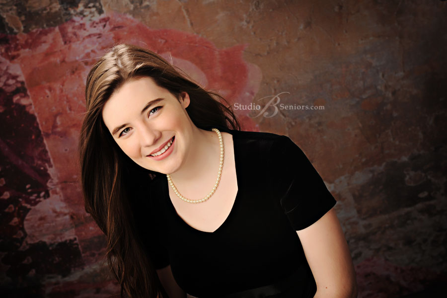 Kirkland-Senior-Pictures-of-International-School-girl-in-black-formal-dress-at-Studio-B-in-Issaquah