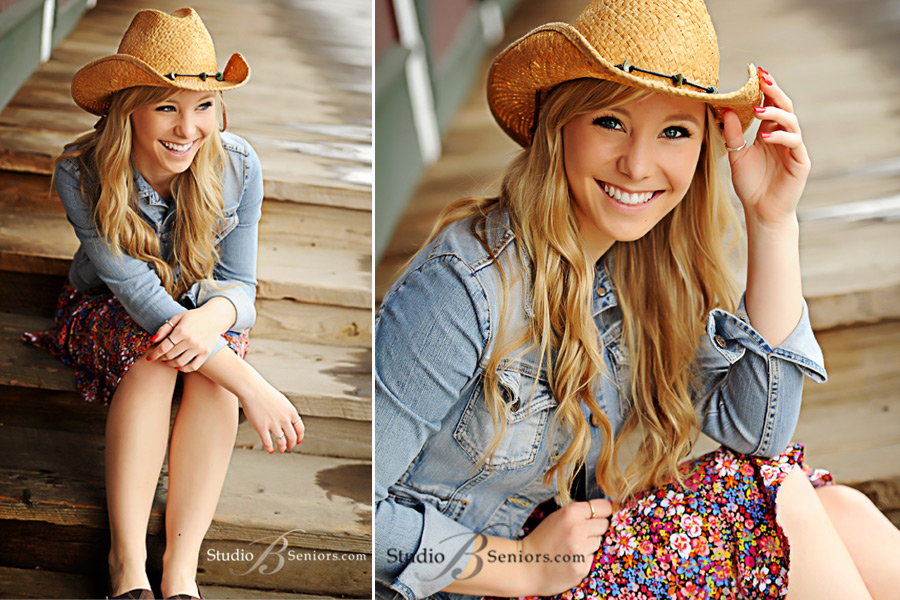 Blonde-high-school-senior-laughing-in-a-cowboy-hat-in-Issaquah-by-Studio-B-Portraits