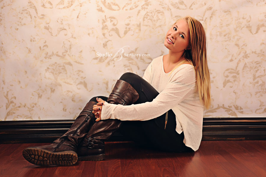 Best-high-school-senior-pictures-in-Seattle-of-pretty-blonde-in-riding-boots-at-Studio-B-Portraits-Issaquah