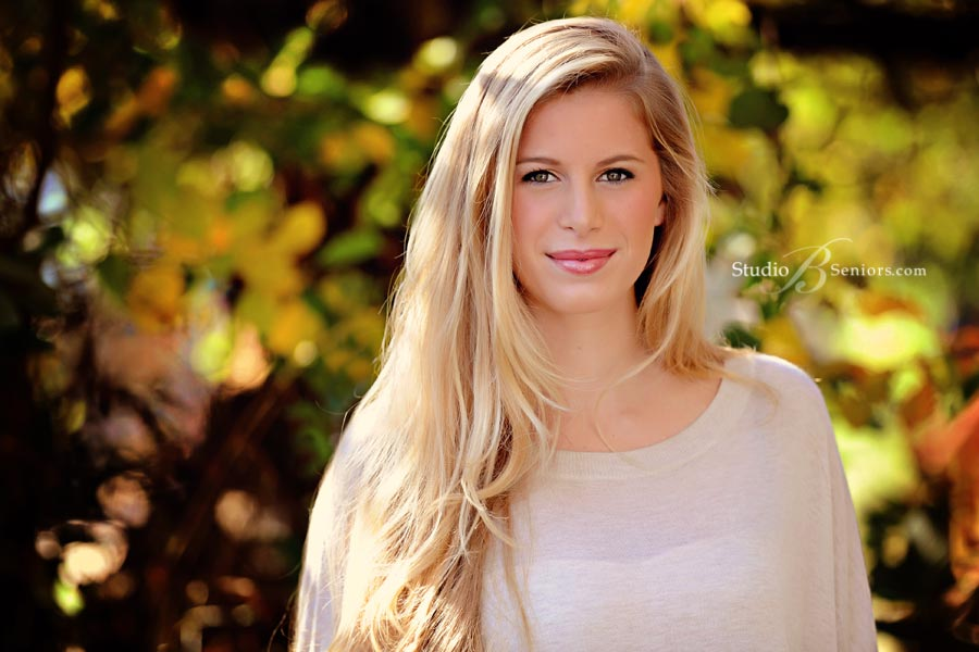 Best-senior-pictures-in-Bellevue-of-West-Seattle-high-school-girl-outdoors-at-Studio-B