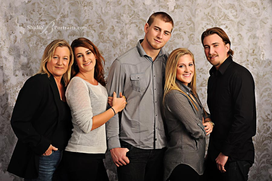 Best-family-portraits-studio-in-Seattle-near-Bellevue_Studio-B-Portraits_2