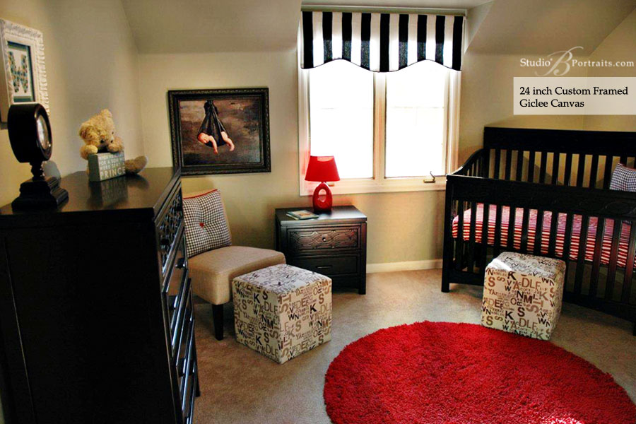 Decorating-with-Family-Pictures_Studio-B-Portraits_Nursery
