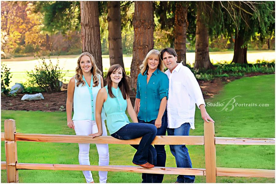 Outdoor Fall Pictures__Brooke Clark_Studio B Portraits Brooke Clark_0095.jpg