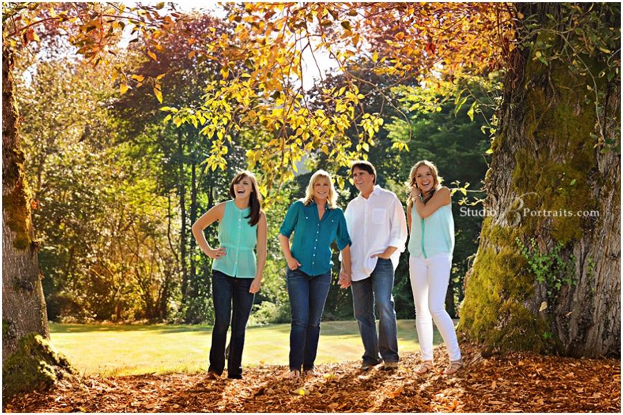 Outdoor Fall Pictures__Brooke Clark_Studio B Portraits Brooke Clark_0096.jpg