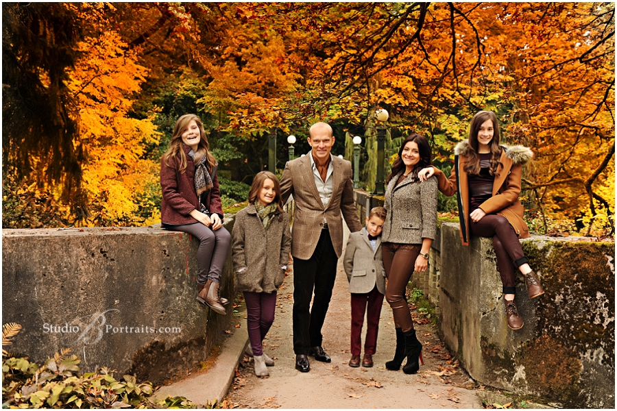 Best outdoor family pictures at Seattle Arboretum in Fall__Brooke Clark_Studio B Portraits_0139.jpg