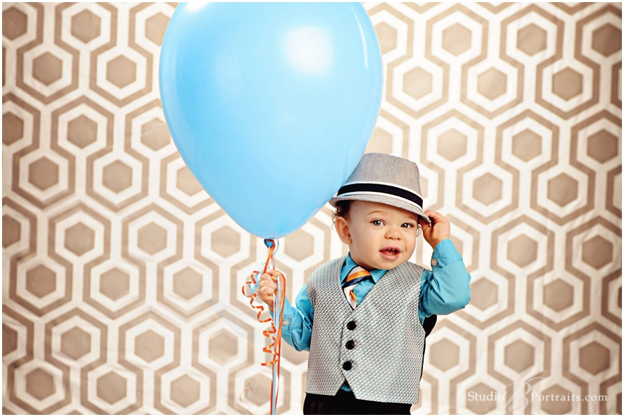 Awesome baby boy portrait ideas for first year_Studio B Portraits professional photographer near Bellevue_0201.jpg