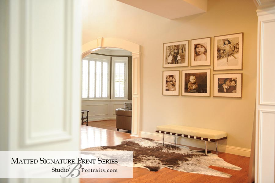 Decorating-with-wall-portraits-in-the-entry-way_Studio-B-Portraits