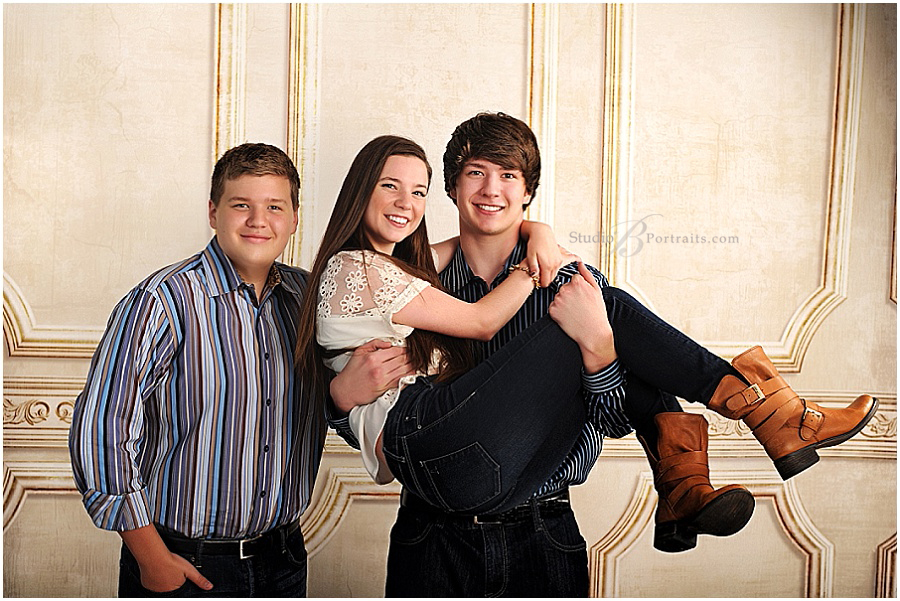 Great Professional Family Pictures_Studio B Portraits_Stohler_0240