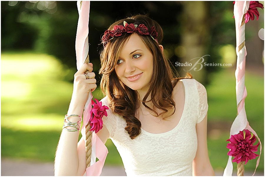 Pretty Senior pictures of girl on rope swing_Studio B Portraits_0351.jpg