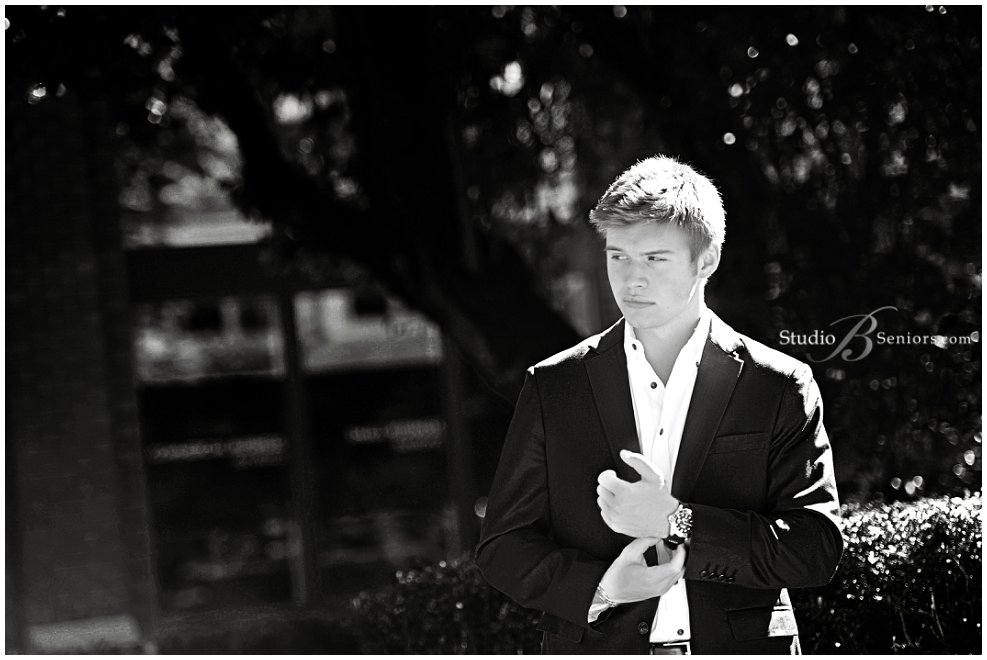 Mercer Island High School Senior Boy in dress jacket and shirt_Studio B Portraits_0012