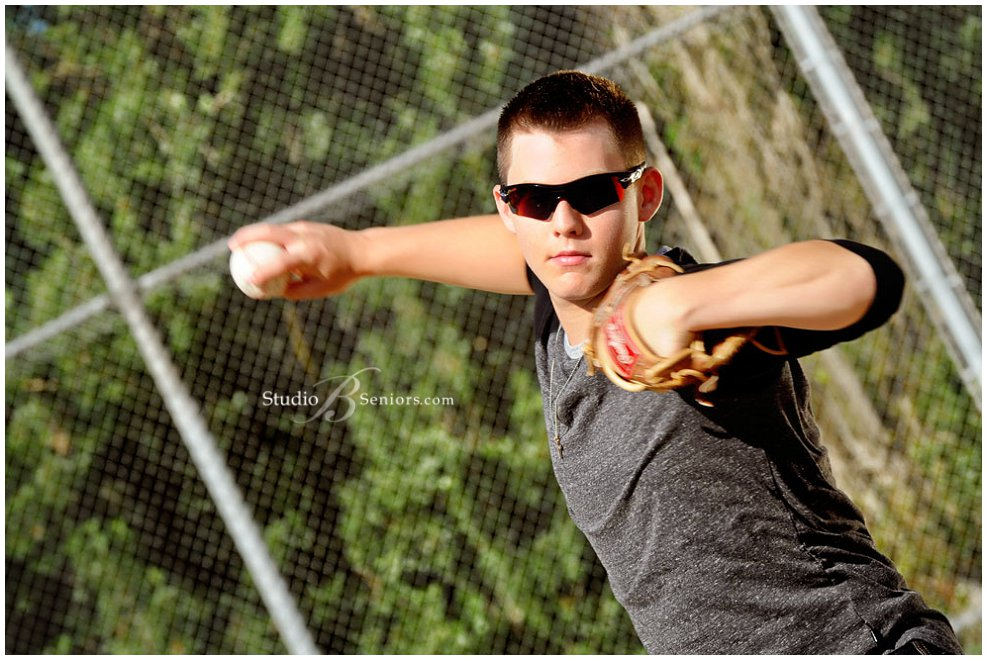 Guy senior pictures_Bonney Lake High School Baseball player_Studio B Portraits